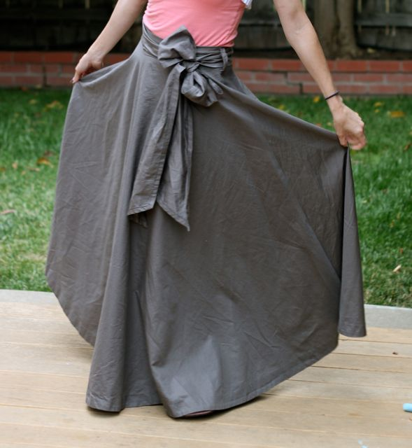 Make a Maxi Skirt from a Bed Sheet | Mabey She Made It - photo #4