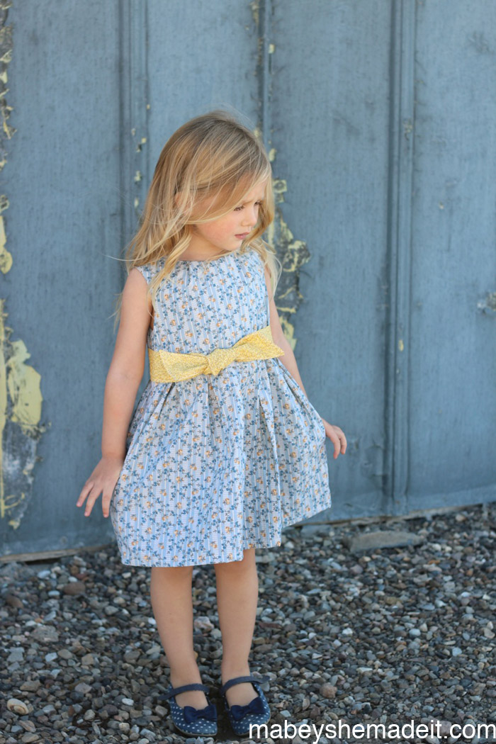 Tuileries Dress | Mabey She Made It #sewing #kidsclothes #kidsclothesweek
