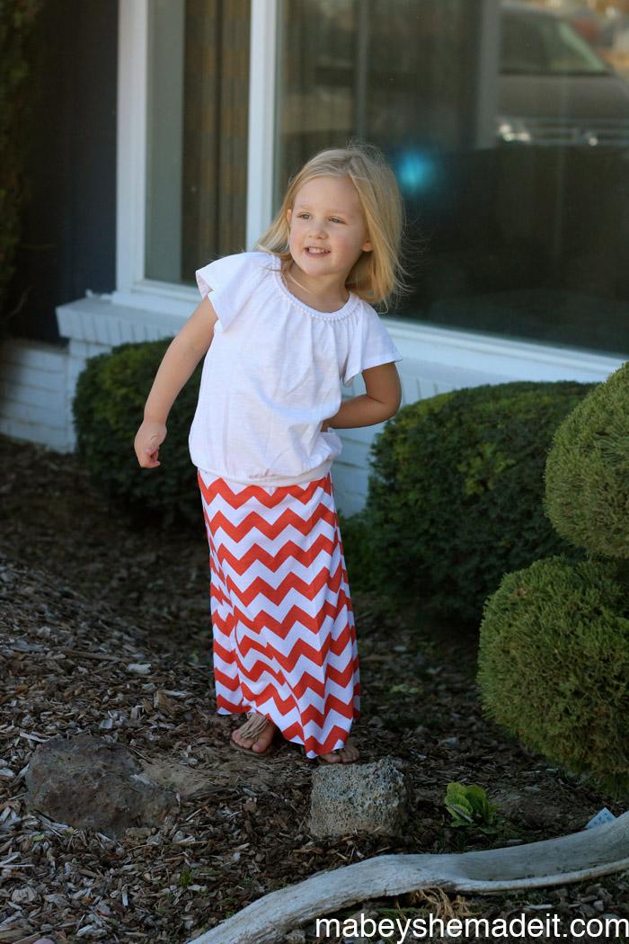Mini Maxi Skirt | Mabey She Made It #maxiskirt #kidsclothesweek