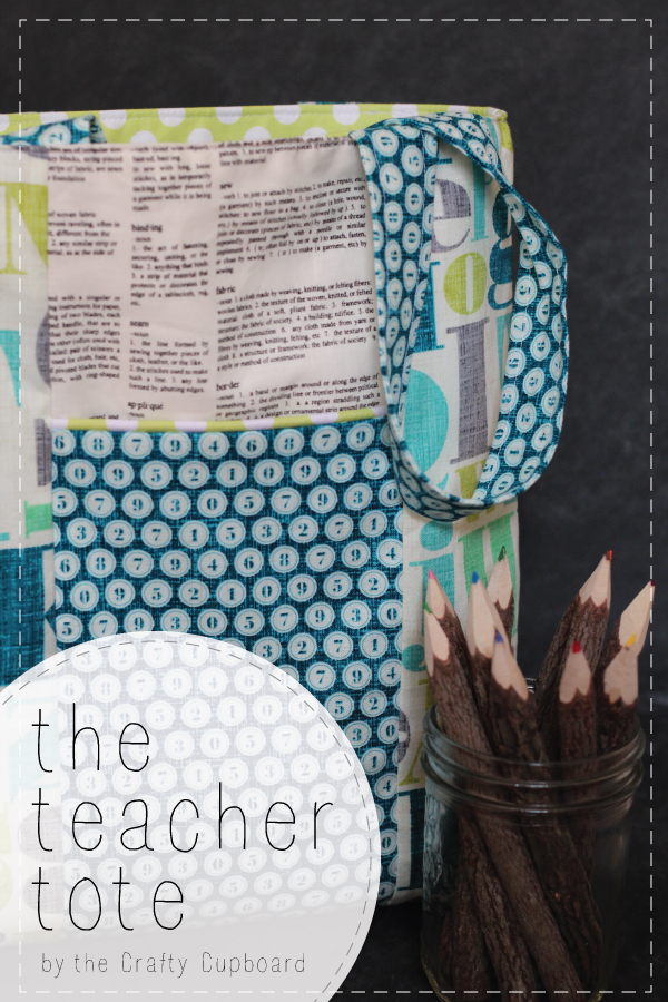 Teacher Tote Tutorial by Crafty Cupboard | Mabey She Made It #backtoschool #tote #teachergift