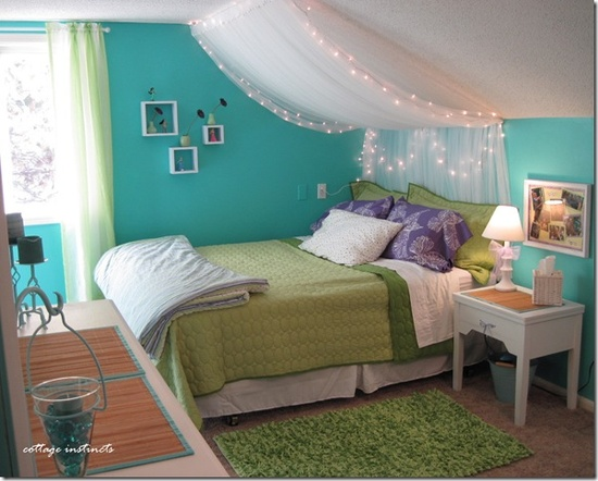 13+ Ideas for Decorating with a Sloped Ceiling - Mabey She ...
