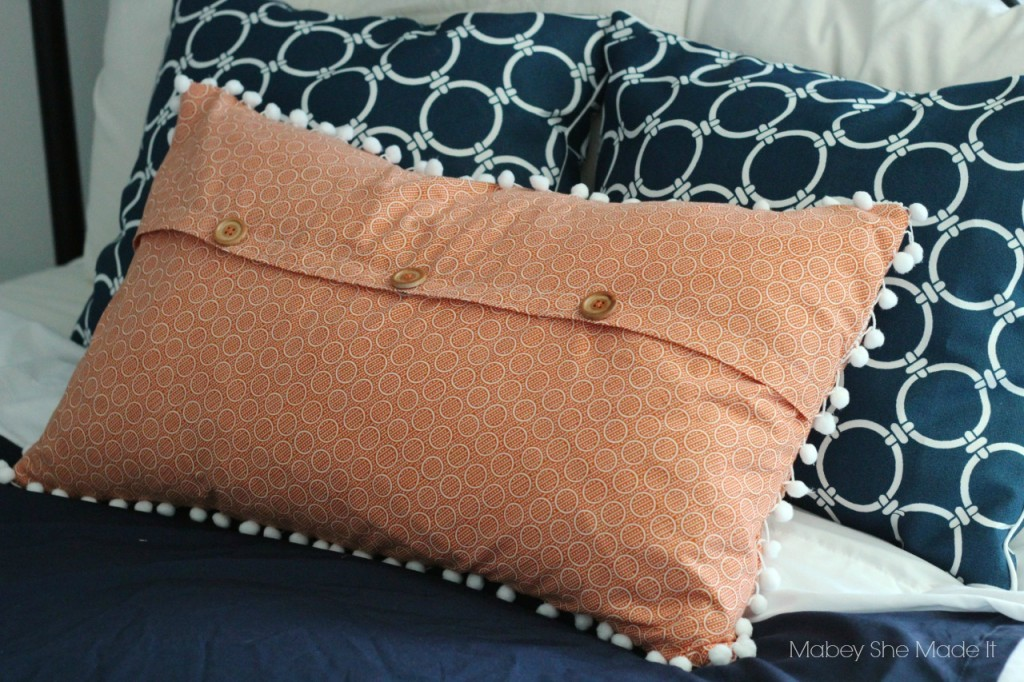 Easy To Sew Pillow Shams: Pom Pom Pillow Sham Tutorial   Mabey She Made It,