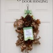 Thankful Praise Door Hanging for Thanksgiving | Mabey She Made It | #thanksgiving #gratitude #doordecor