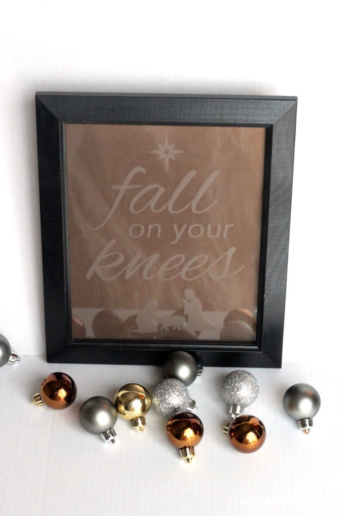 This etched glass is so classic and simple it would go with almost any decor. Just switch the background color.