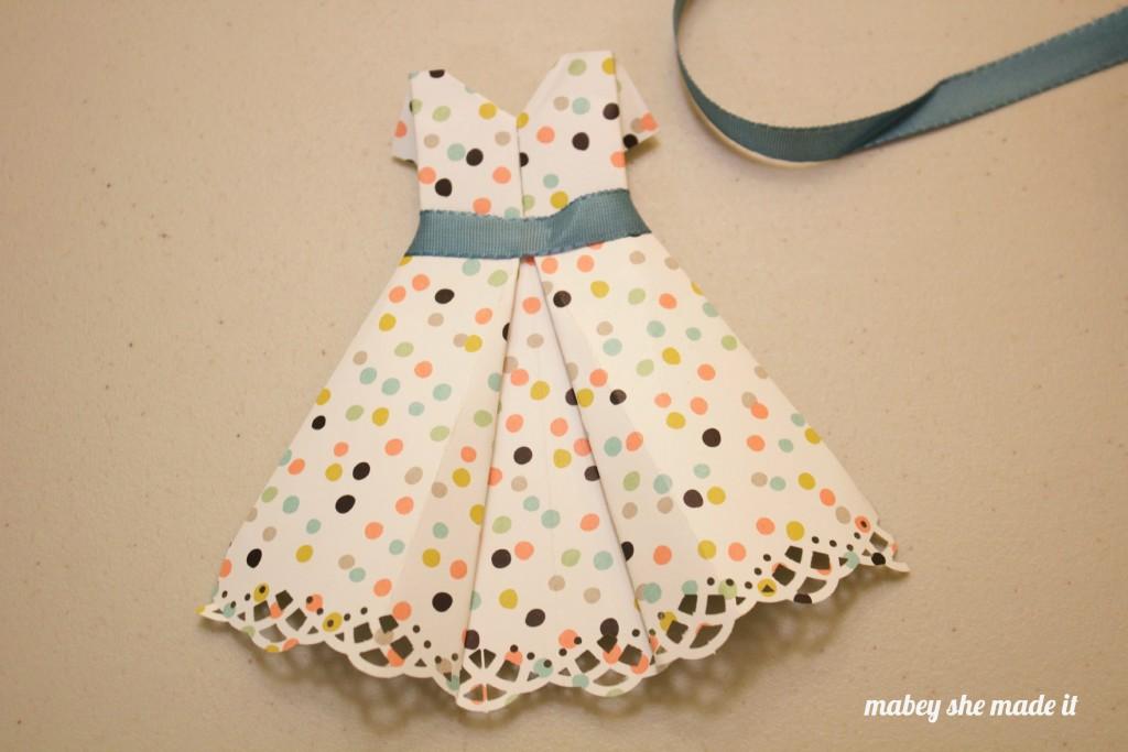 Paper Dress3
